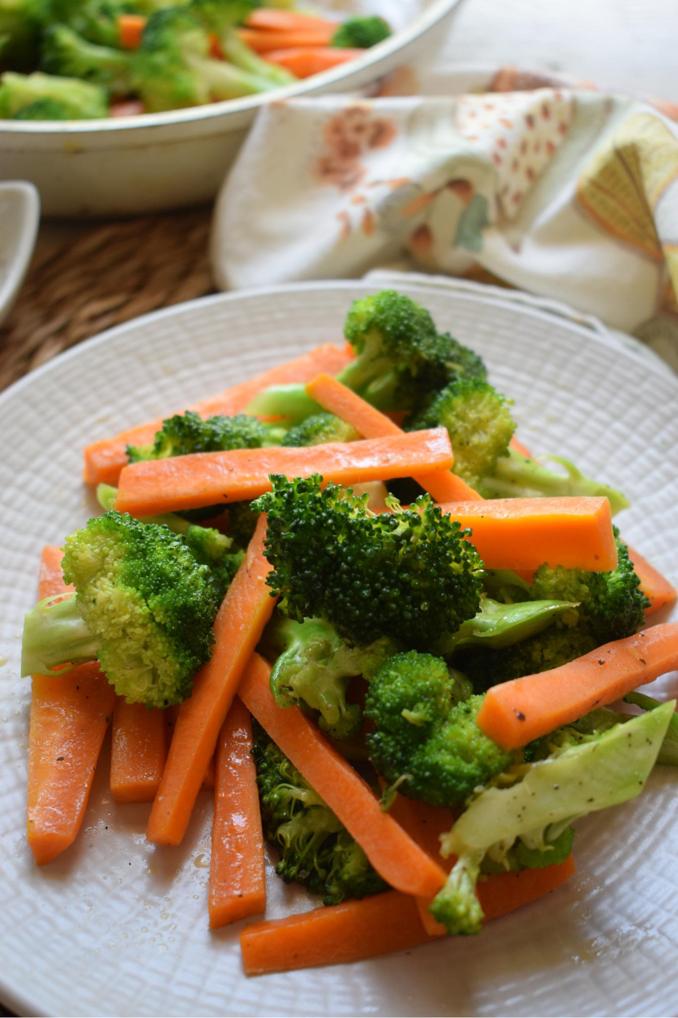 Butter Sauteed Broccoli Carrots Julia S Cuisine